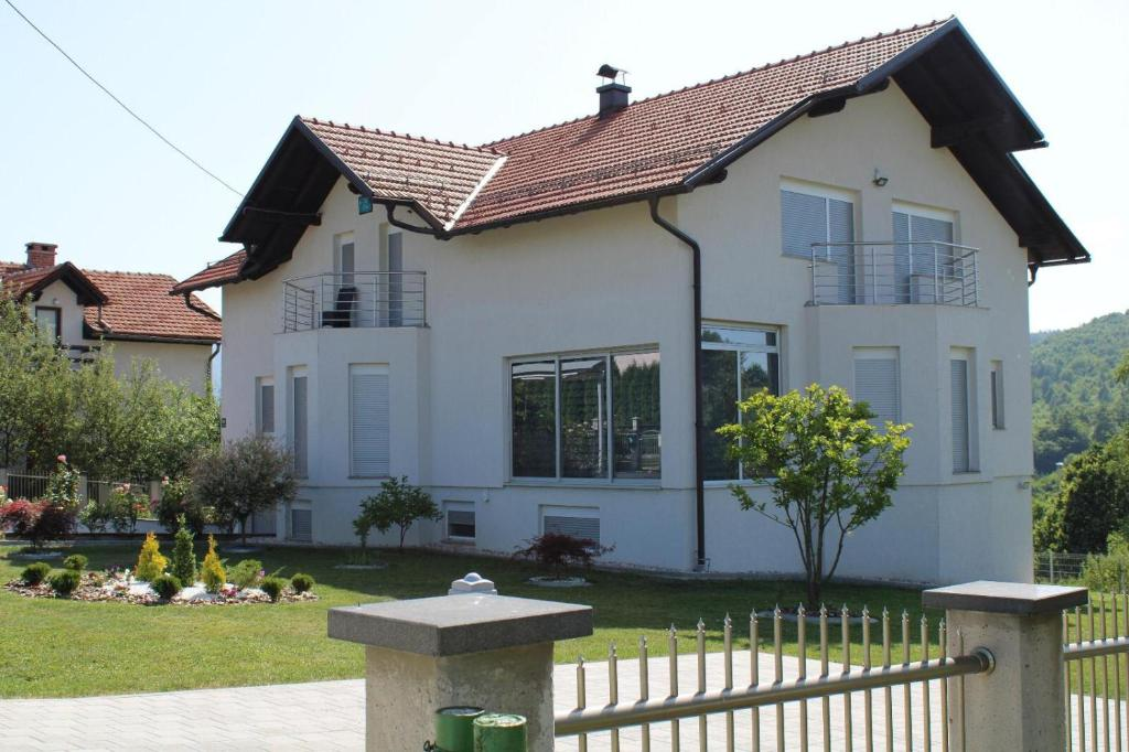 villa bojnik (bosnia şi herzegovina sarajevo)
