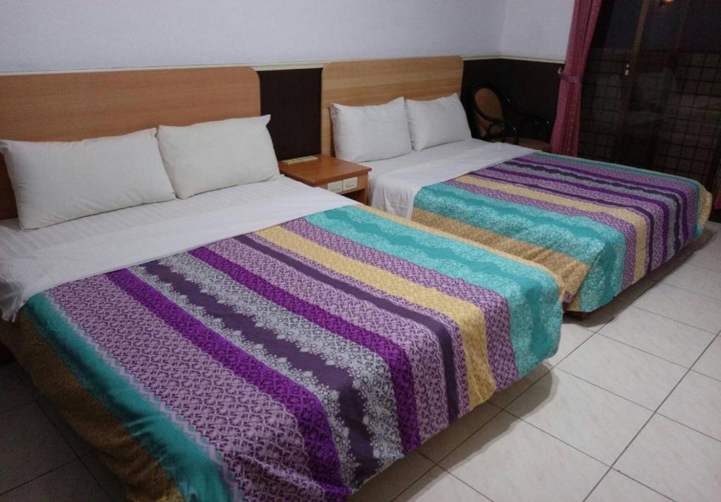 芝園民宿房間的床