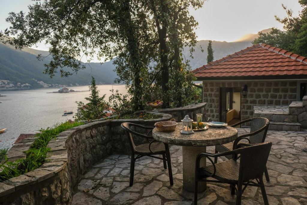 Черногория цены аппартаменты бело порто 4 как в дубае снять квартиру