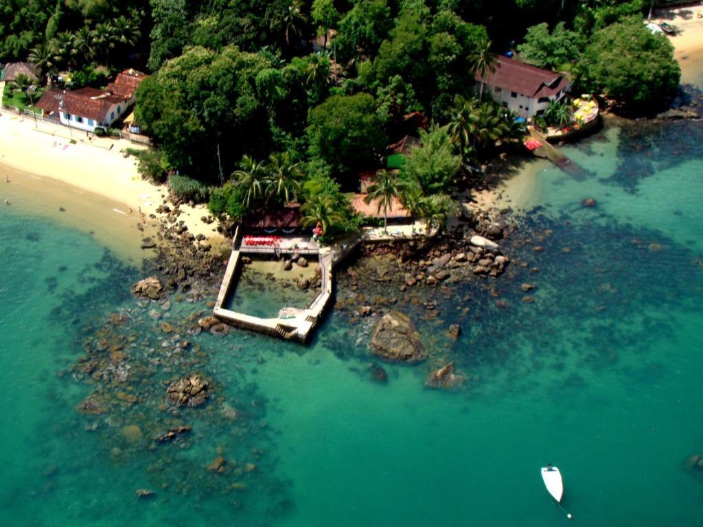 A bird's-eye view of Aquario Pousada Hostel - Night Club