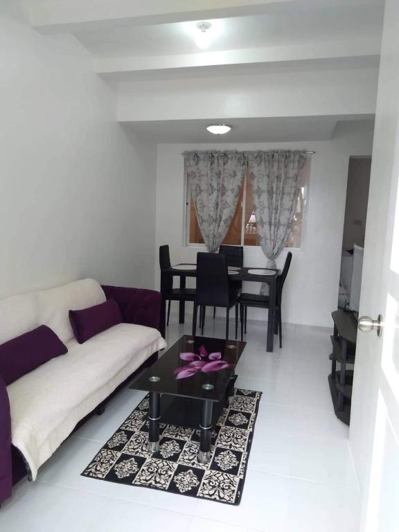 Vacation Home Vansh S Place Taguig 2 Storey Townh Manila Philippines Booking Com