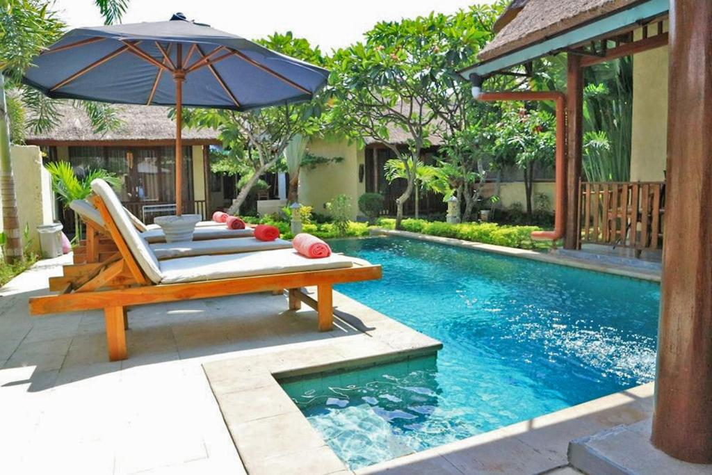 The swimming pool at or close to Jo Je Bungalow