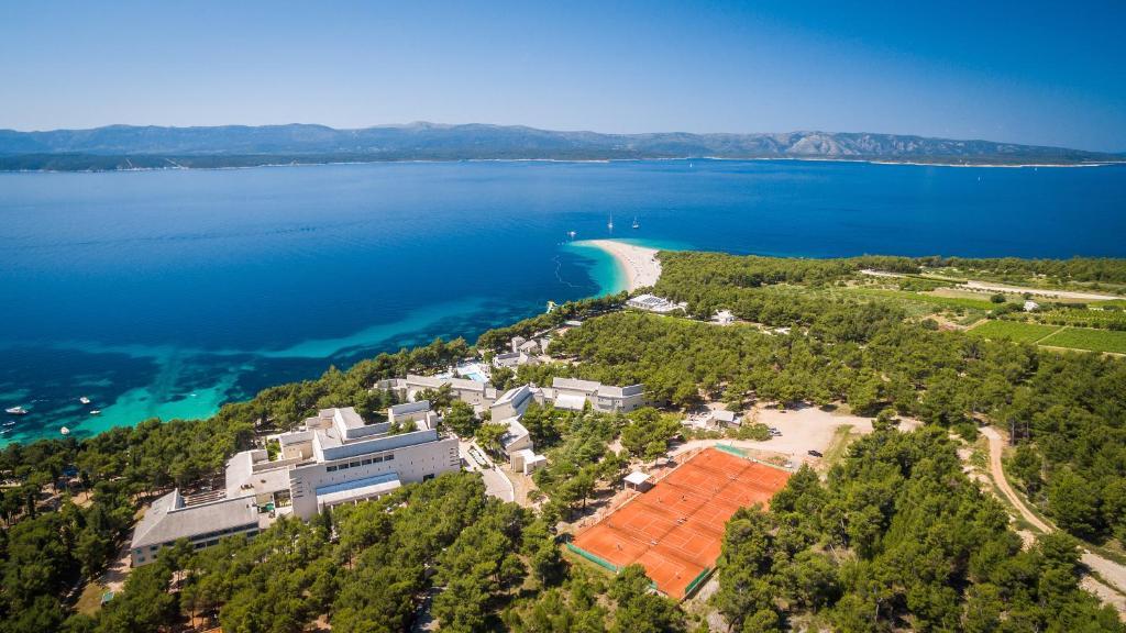A bird's-eye view of BRETANIDE Sport & Wellness Resort - All Inclusive