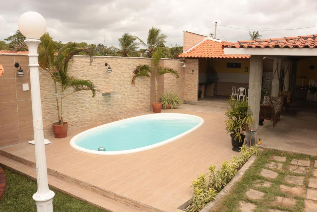 The swimming pool at or close to Casa residencial