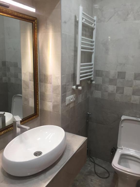 A bathroom at Hotel Good Luck