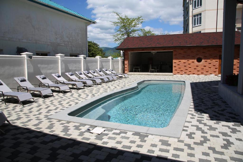 The swimming pool at or close to Hotel Chaika