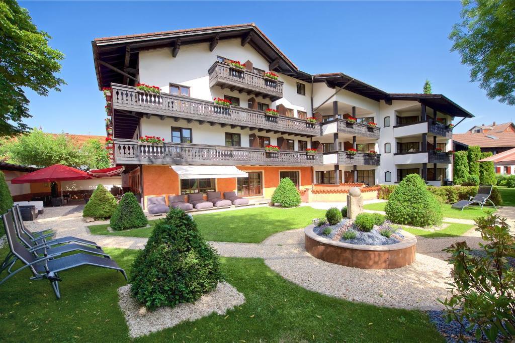 Hirsch Kur- und Wellnesshotel Oberstaufen, Germany