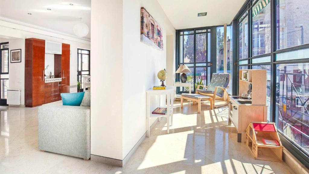Apartment Elegant And Inviting Greek German Colony Jerusalem Israel Booking Com