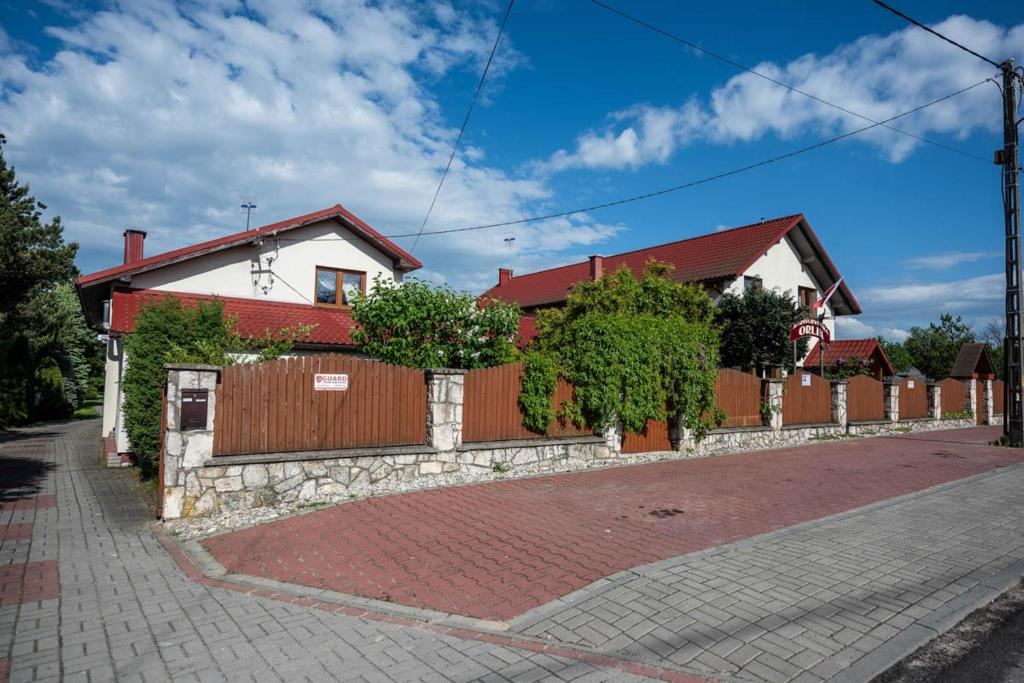 Guest Houses In Pilica