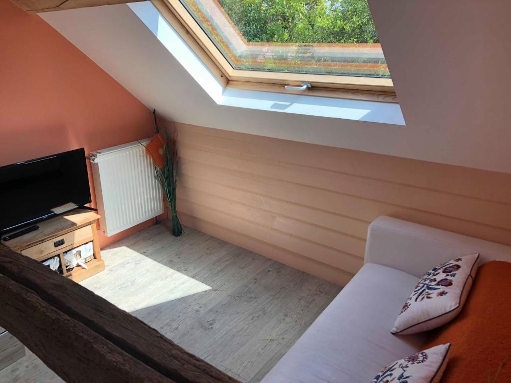 Bed And Breakfast La Coraline Laubressel France Booking Com