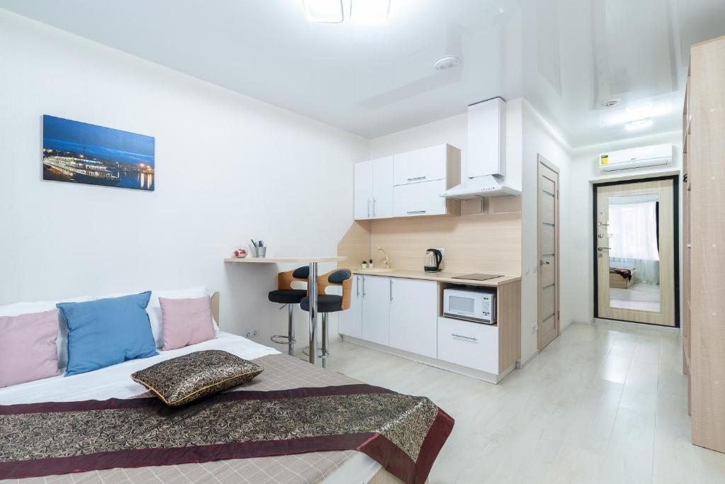 Кухня или мини-кухня в HeroCities