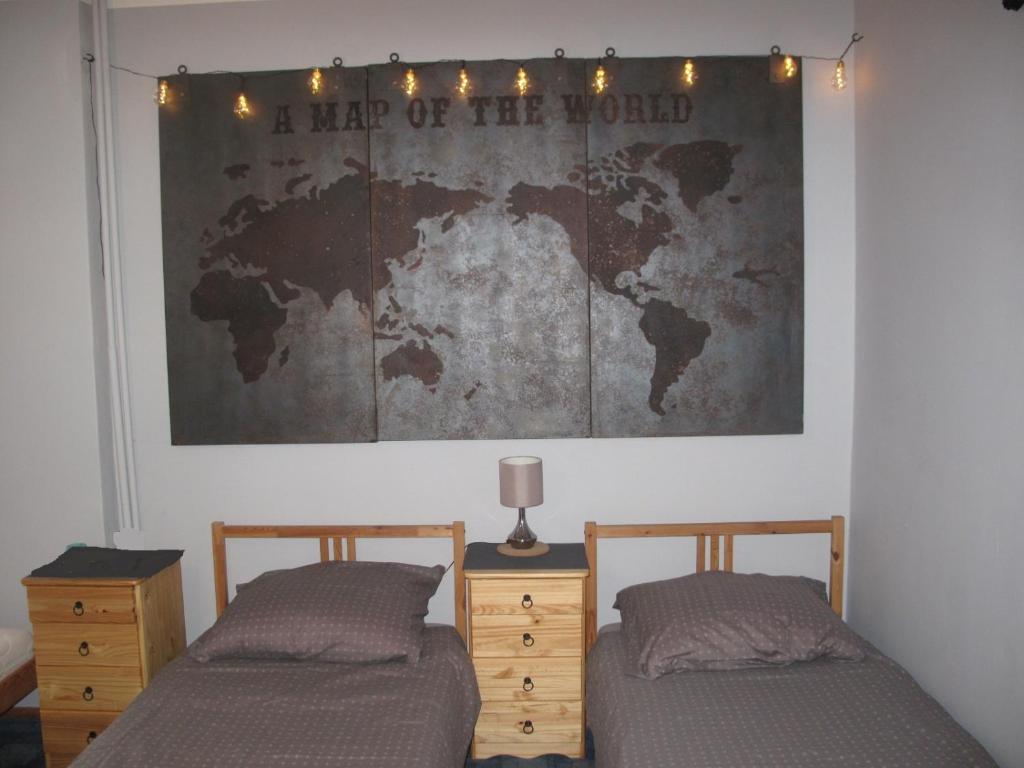 Łóżko lub łóżka w pokoju w obiekcie Mieszkanie przy Dworcu Gdynia Główna