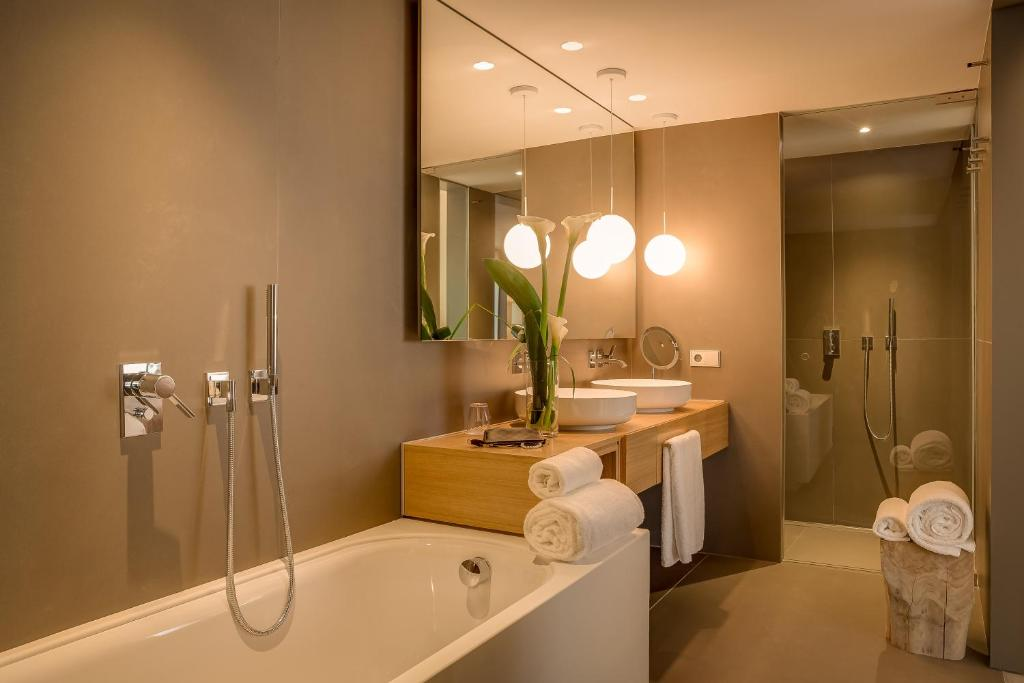 boutique hotels in barcelona  56