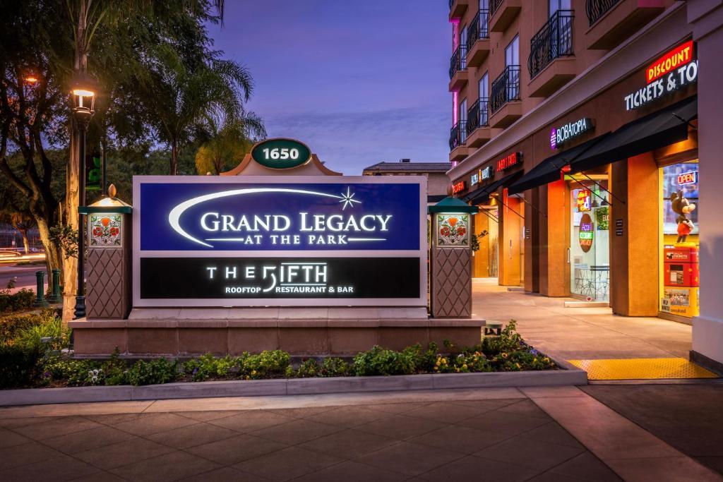 Grand Legacy At The Park Anaheim Aktualisierte Preise Fur 2021