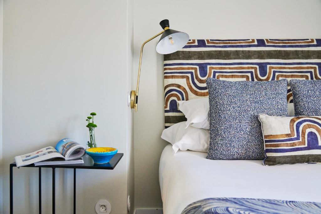A bed or beds in a room at Lisbon Best Choice Apartments Alfama