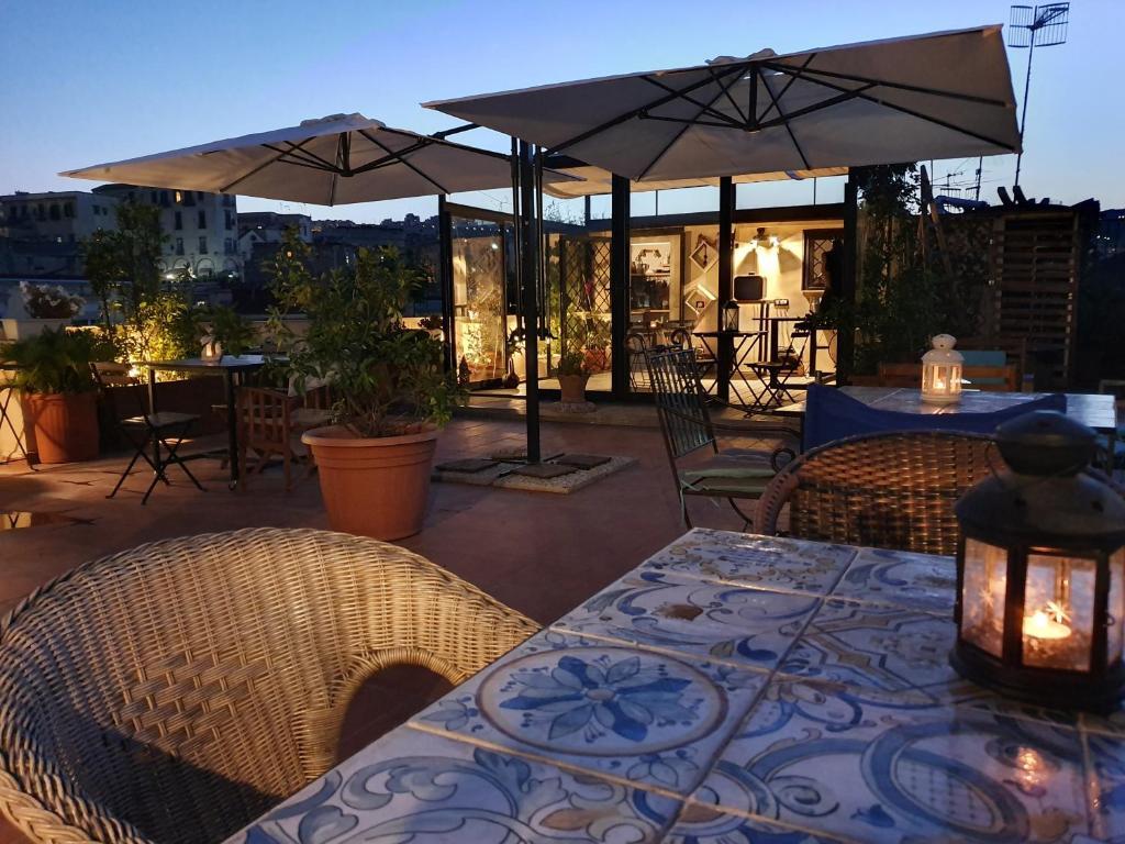 Restaurant ou autre lieu de restauration dans l'établissement Spanish Palace Rooms, Apartment & Terrace