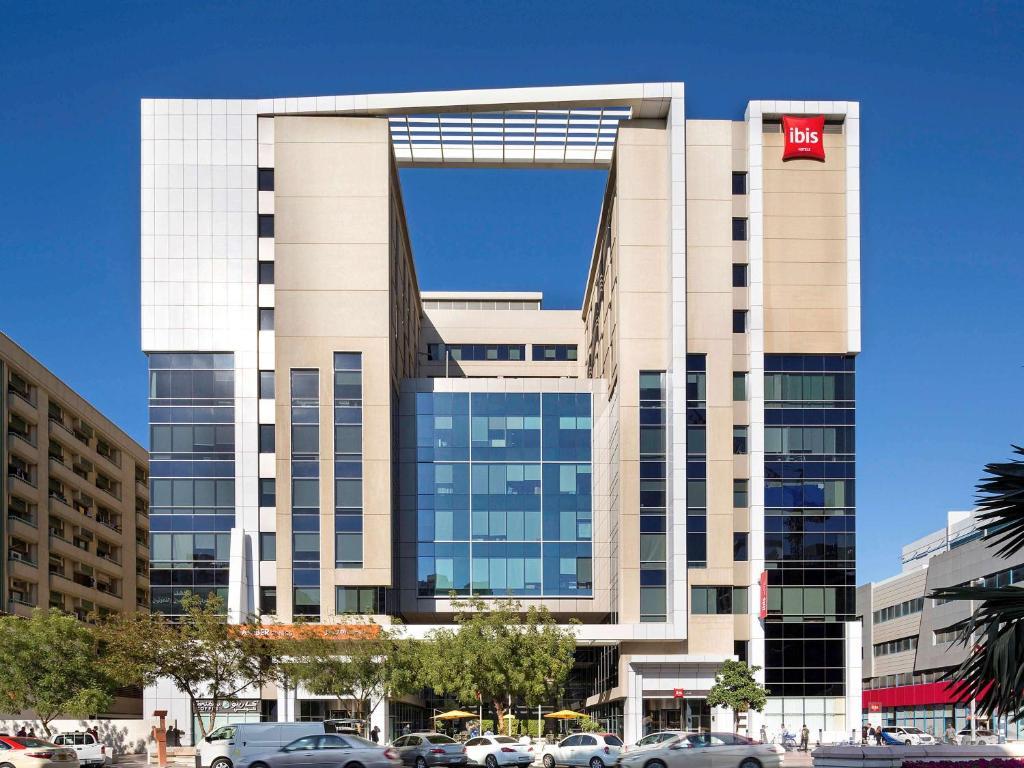Отель ibis дубай купить участок в европе