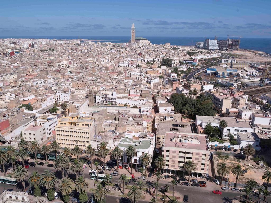 منظر Ibis Casa Voyageurs من الأعلى