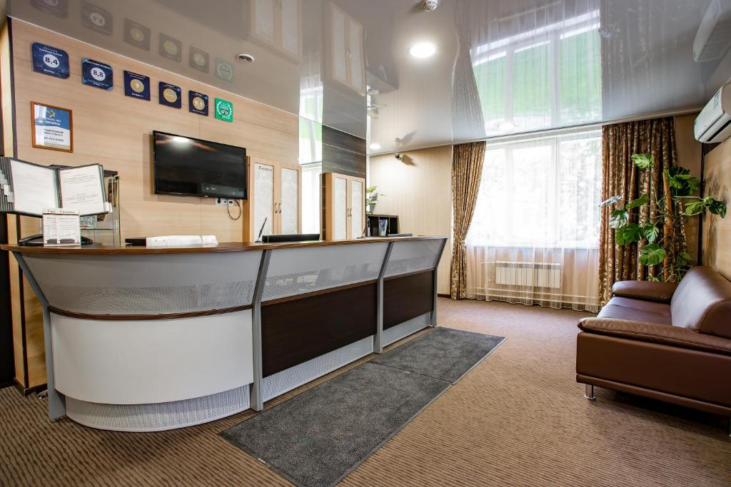 The lobby or reception area at Resident
