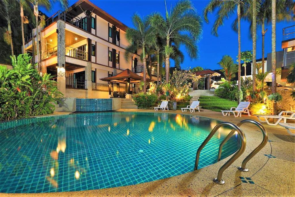 The swimming pool at or near Kamala Villa Hill