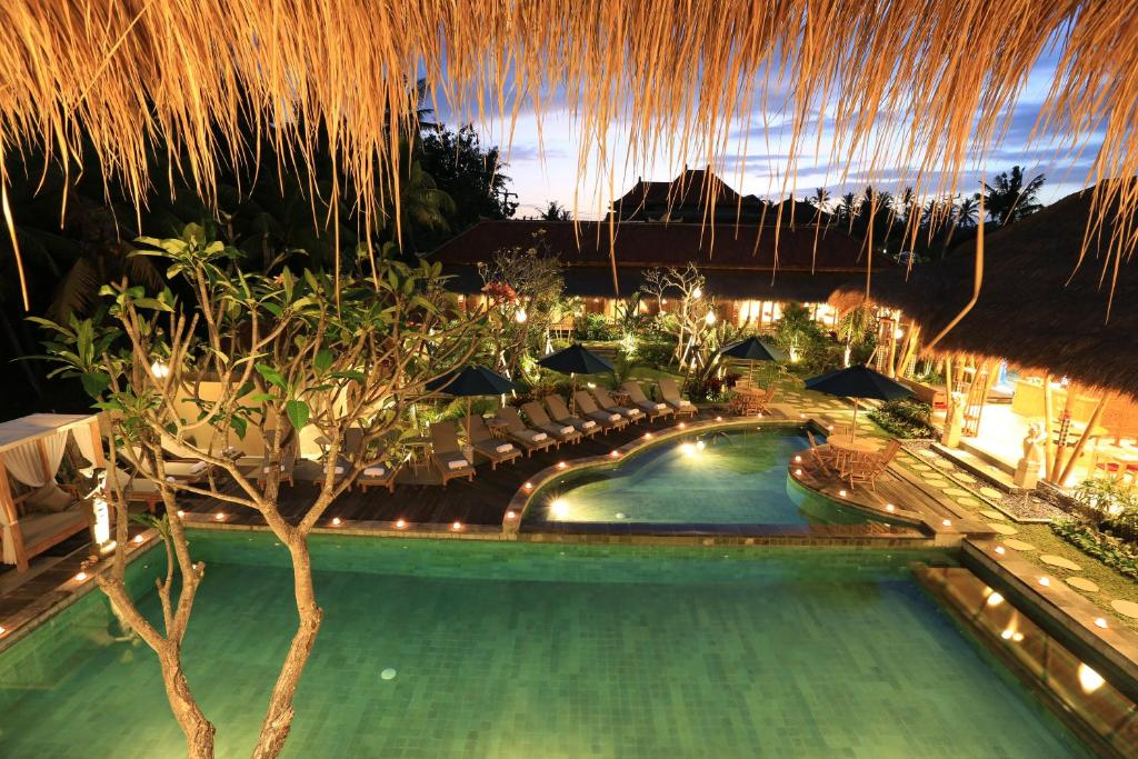 A view of the pool at Kailash Suites at Gunung Sari or nearby
