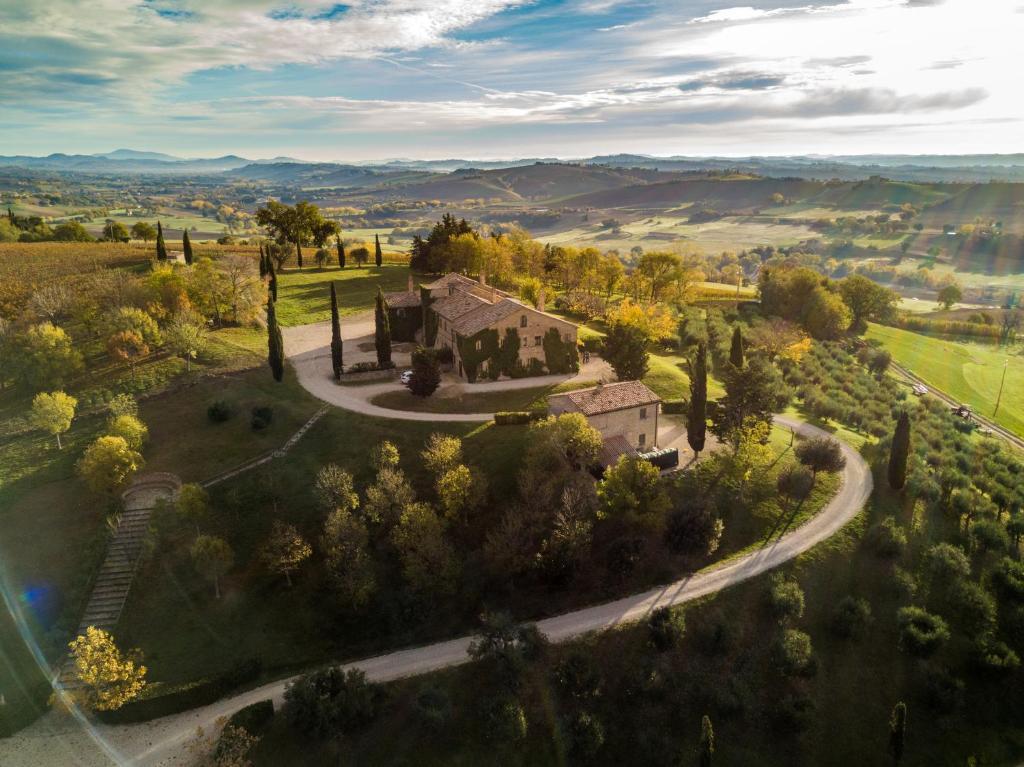 A bird's-eye view of La Guest House della Tenuta di Tavignano