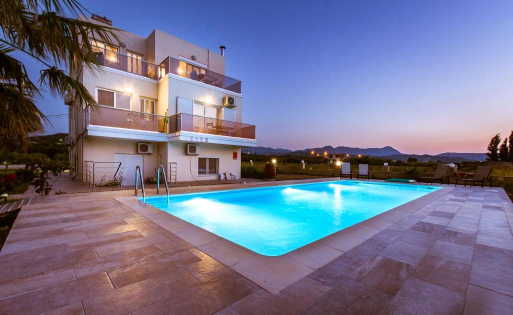 The swimming pool at or close to Martimi Apartments