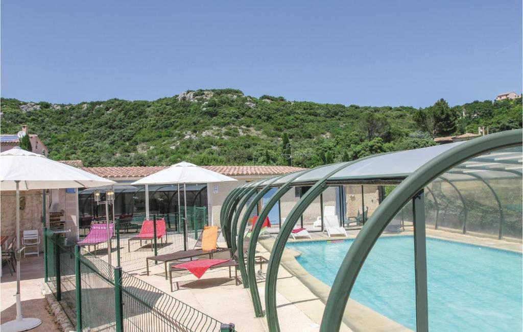 The swimming pool at or near Holiday home Route d´Orange