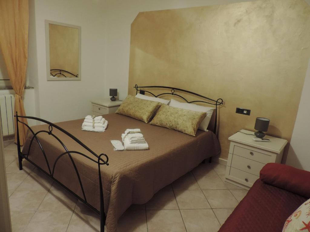 A bed or beds in a room at B&B SA MANTA