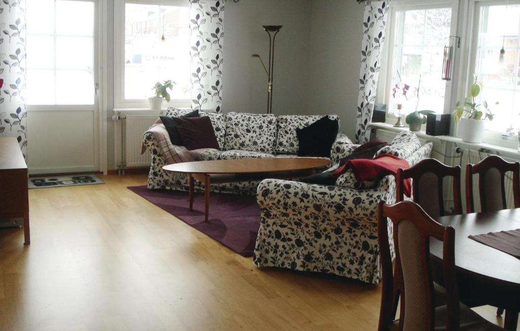 Three Bedroom Holiday home in Sollentuna, Sollentuna