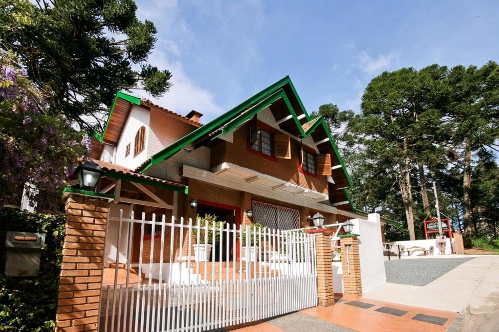 Pousada Villa di Roma, Campos do Jordão, Brazil - Booking.com