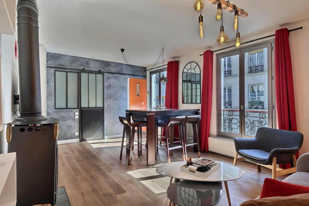 A seating area at Apartment Saint-Antoine