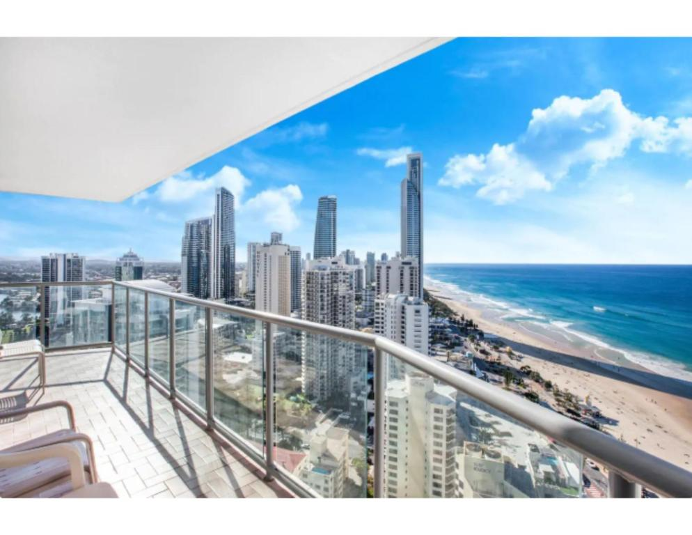 Luxury Holiday Escape High Above Surfers Paradise Gold Coast Updated 2020 Prices