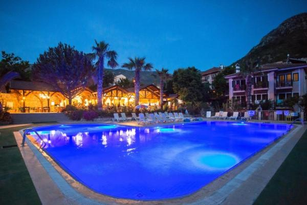 The swimming pool at or near Club Pink Palace Hotel