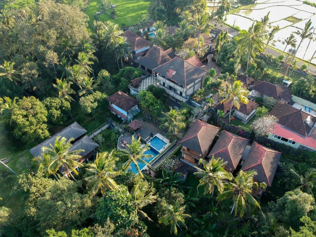 Vue panoramique sur l'établissement Puri Saron Hotel Madangan - Gianyar