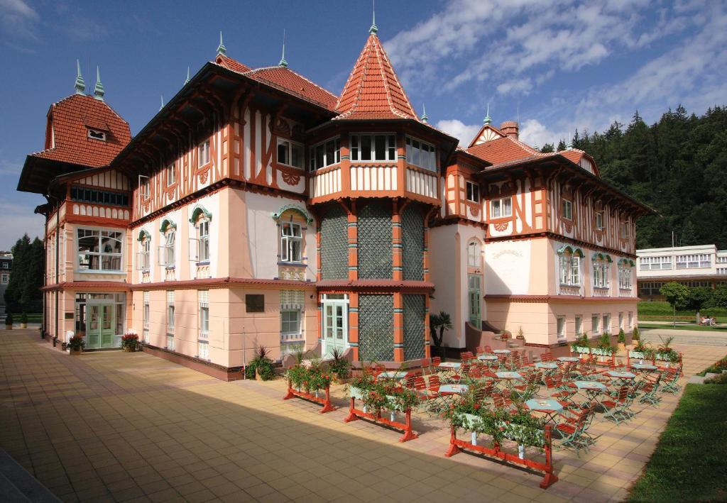 Hotel Jurkovičův dům (Česko Luhačovice) - Booking.com