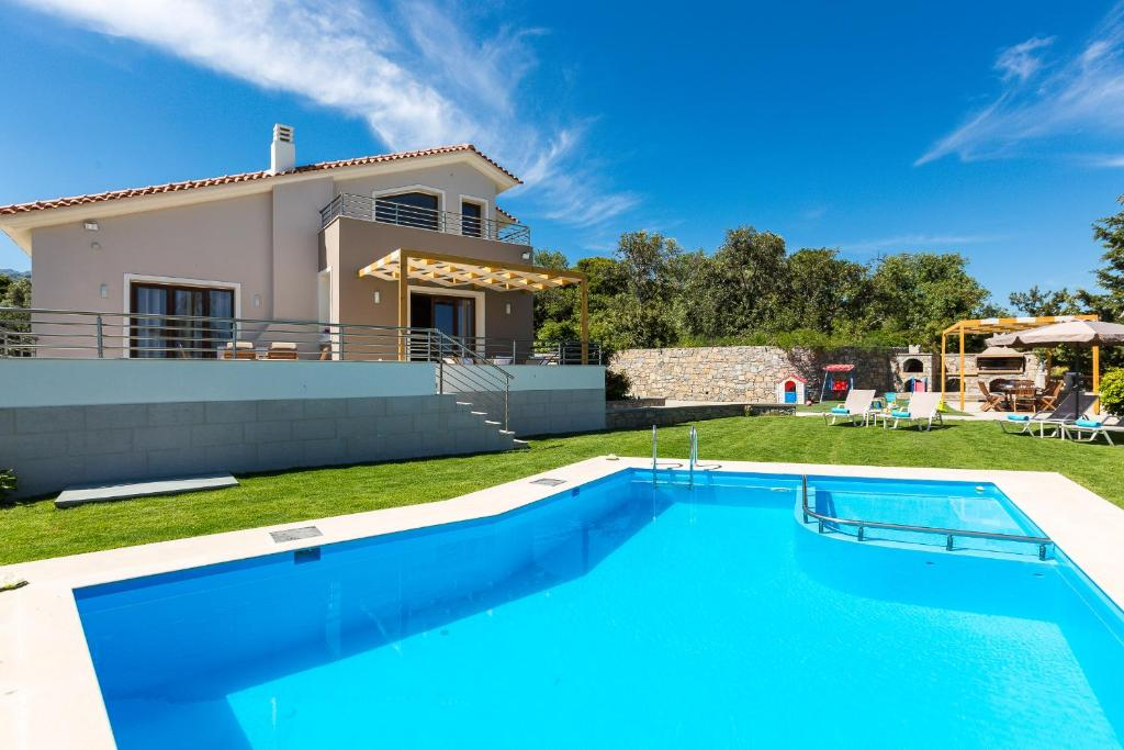 Anatoli Villa, Orthés – Ενημερωμένες τιμές για το 2020