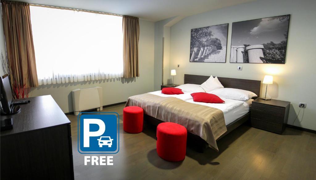 rezervați hotel cu bitcoin)