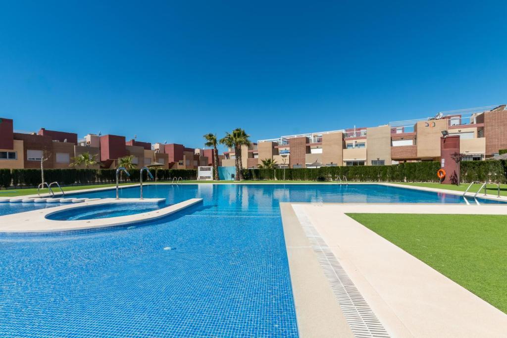 The swimming pool at or near Torrevieja I Familjehus I Pool I Fiber