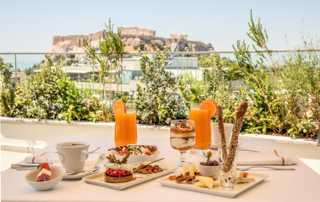 אפשרויות ארוחת הבוקר המוצעות לאורחים ב-Electra Hotel Athens
