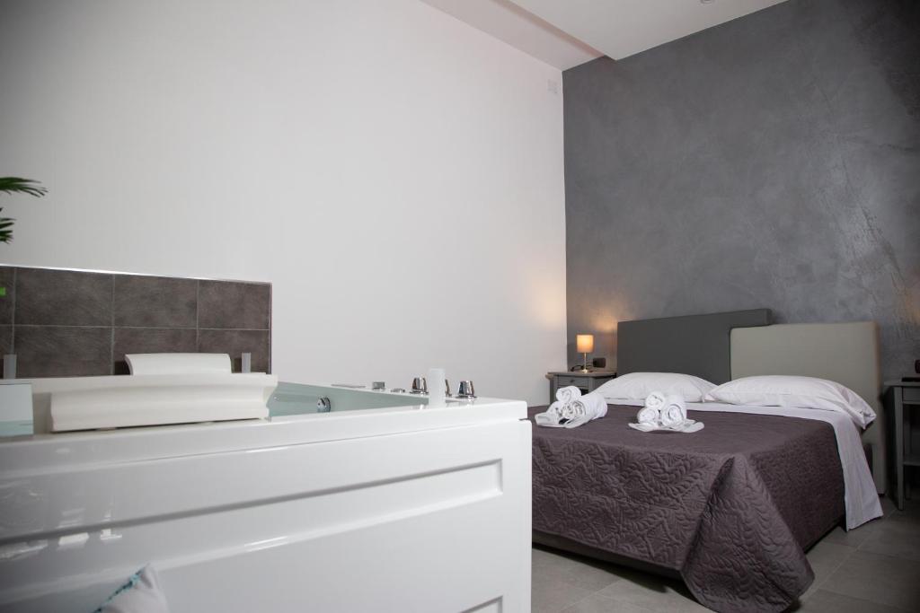 Casa Vacanze Camera18 Suite Italia Napoli Booking Com