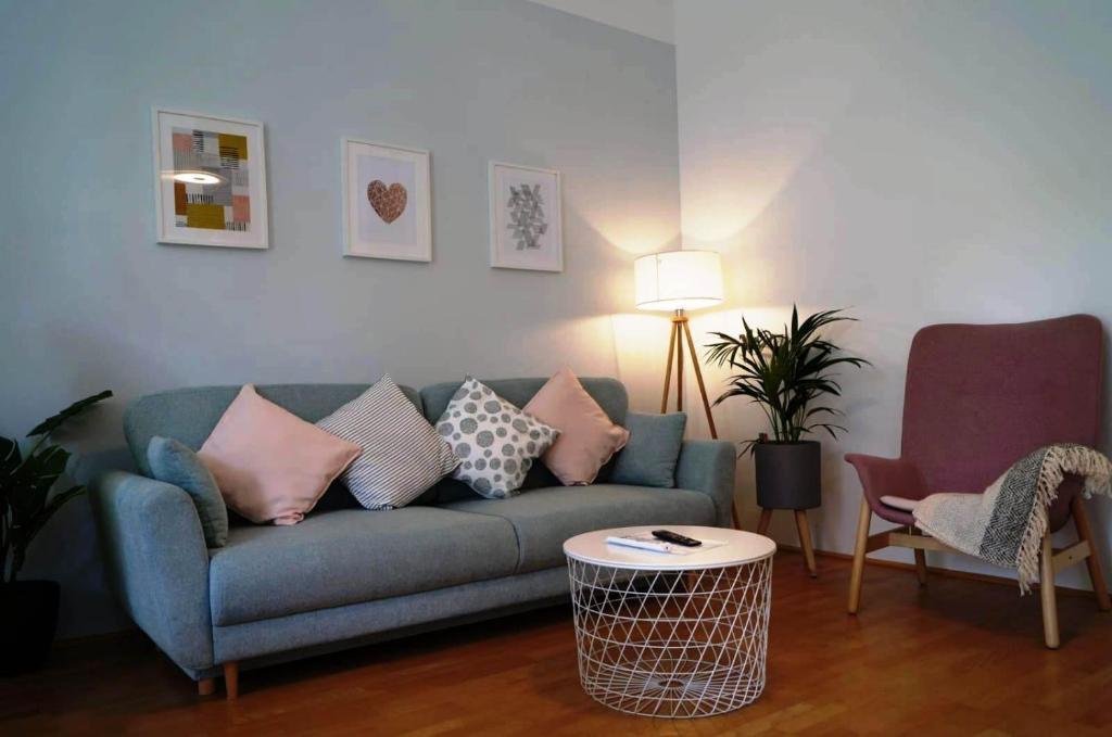 Posezení v ubytování Vienna Apartment Gutarra II
