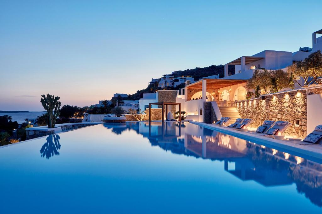The swimming pool at or near Katikies Mykonos - The Leading Hotels of the World