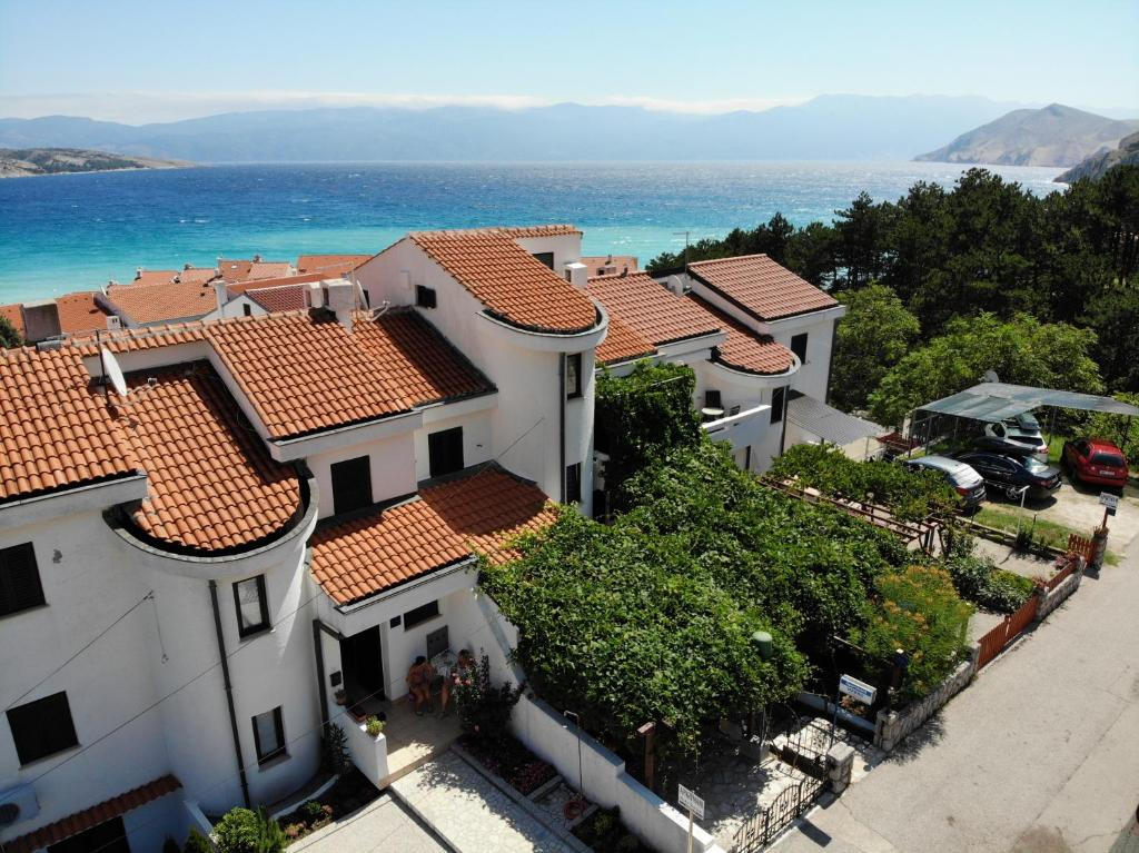 A bird's-eye view of Apartmani Marko