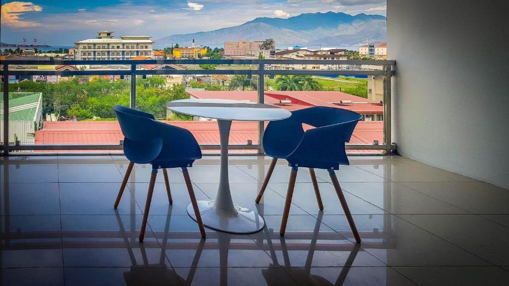 Chequers Suites Condo in Subic Bay