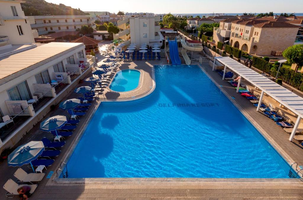 Вид на бассейн в Delfinia Resort - All Inclusive или окрестностях