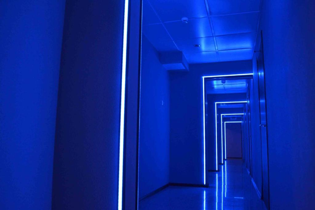 A bathroom at Neon Hotel