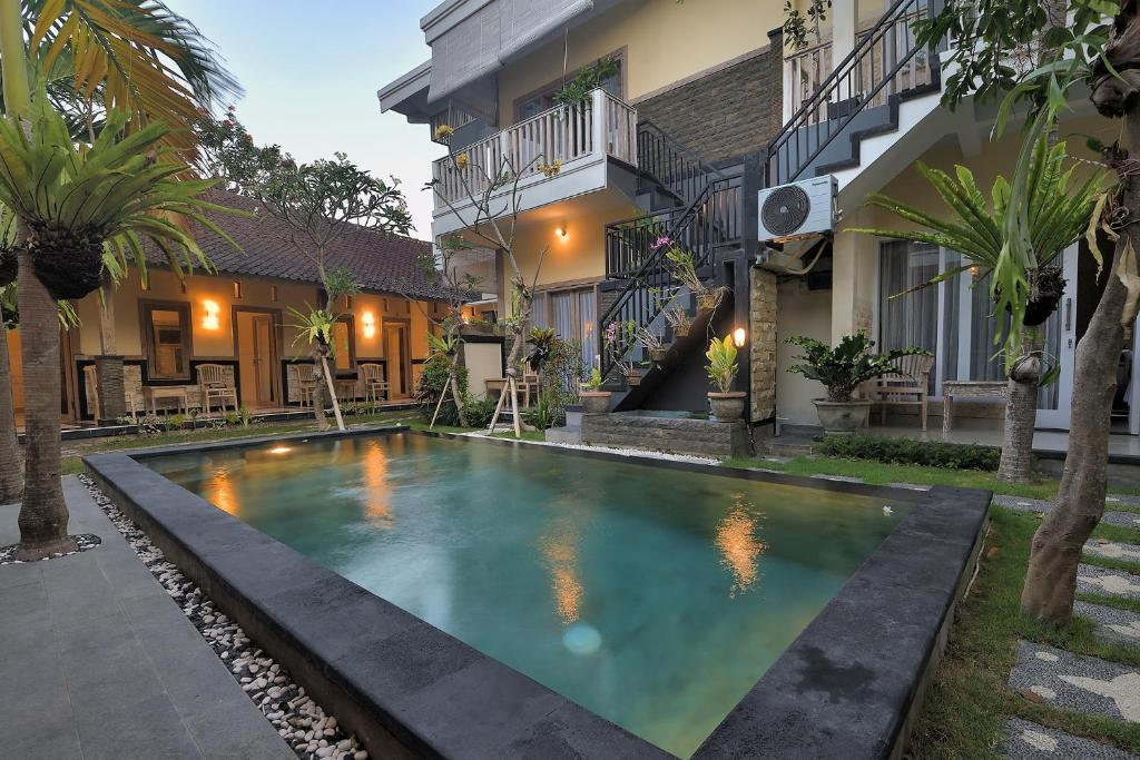 The swimming pool at or close to Ons Canggu