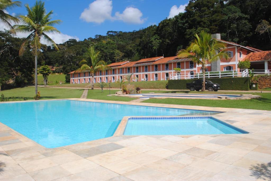 A piscina localizada em Cachoeiras de Cavaru Eco Resort ou nos arredores