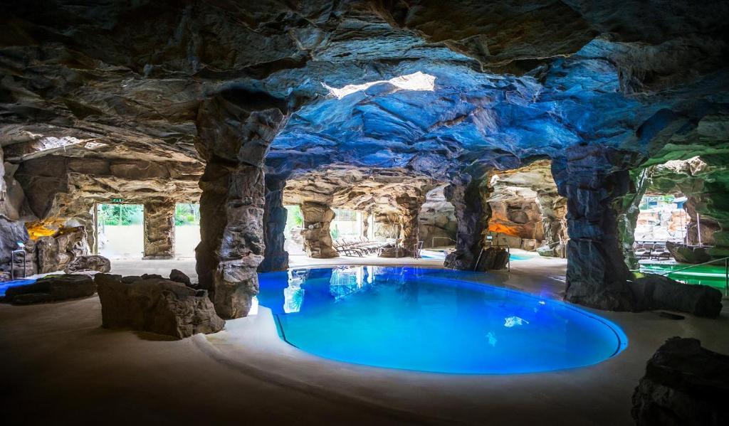 Piscina di Tombolo Talasso Resort o nelle vicinanze